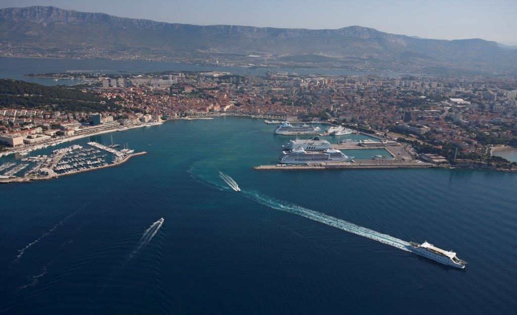 Luka41-110614 - Port of Split